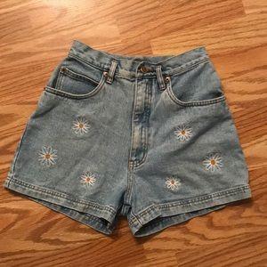 Vintage Daisy Shorts